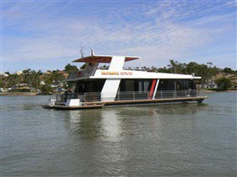 takeme2 house boat