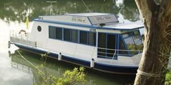 River Wren Houseboats