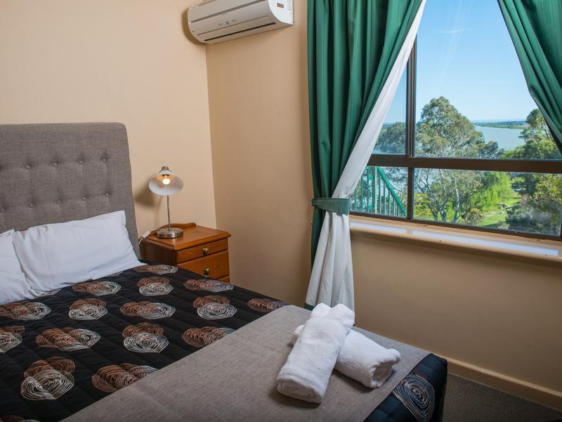 Riverside Hotel Accommodation